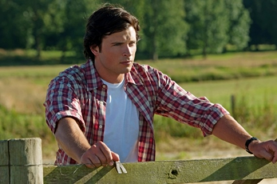 smallville-clark-the-thinking-man-31-8-10-kc.jpg