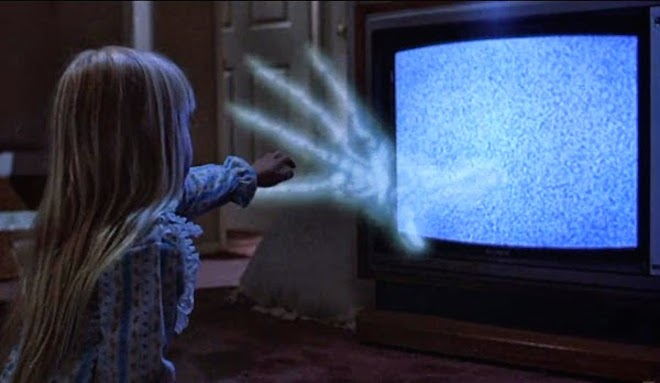 poltergeist-1982-heather-orourke-tv-scene.jpg