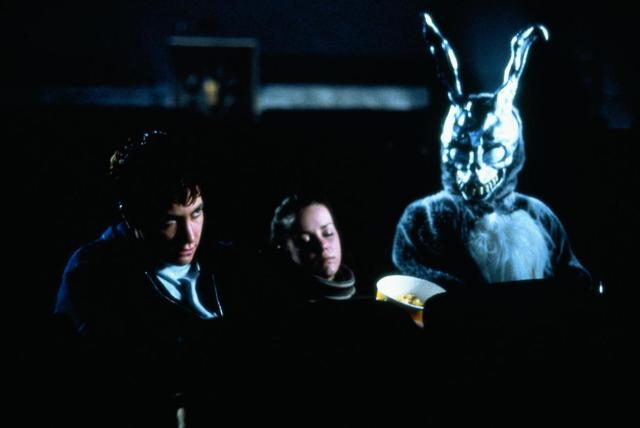 still-of-jake-gyllenhaal-and-jena-malone-in-donnie-darko-large-picture.jpg