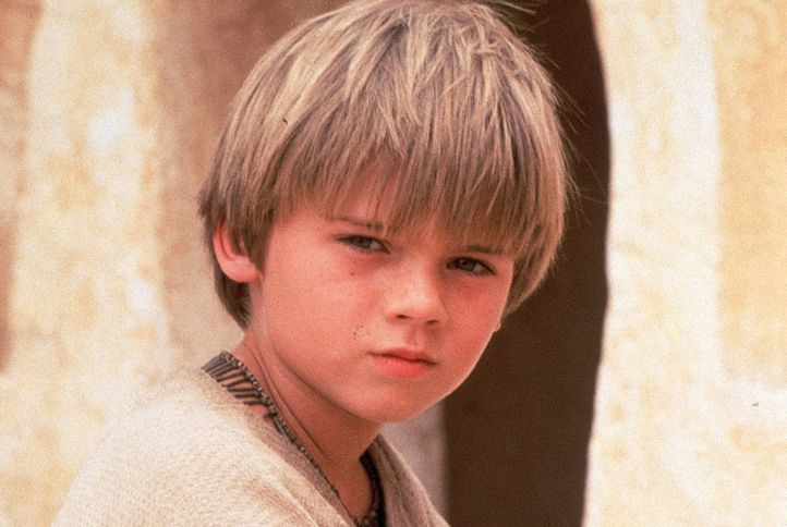 this-star-wars-fan-theory-suggests-rey-is-actually-anakin-skywalker-reincarnated-799778.jpg
