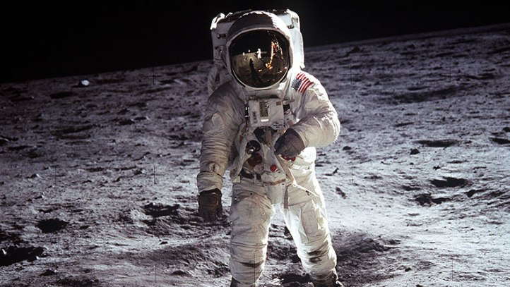 First-men-on-the-Moon_tcm25-482521.jpg