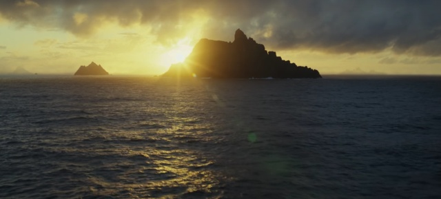 last-jedi-oceanic planet-ahch-to.jpg