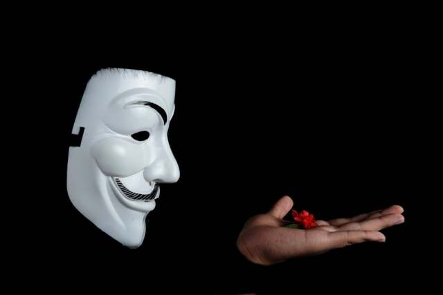 anonymous-mask-flower.jpg