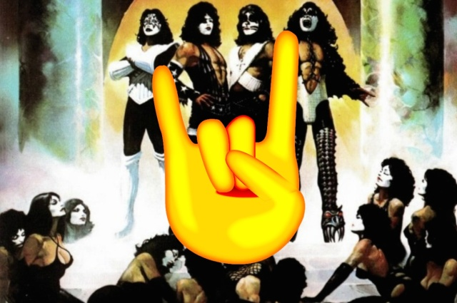 kiss-devil-hand-sign.jpg