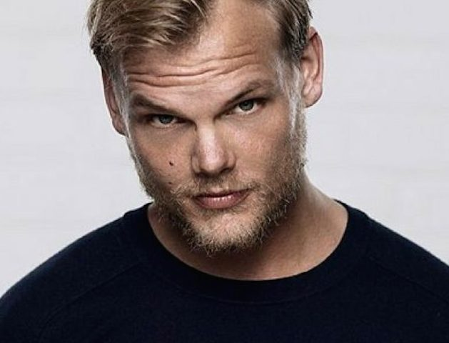 Avicii-dead-at-28-784x441.jpg