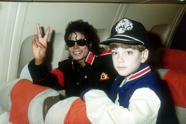michael-jackson-jimmy-safechuck.jpg